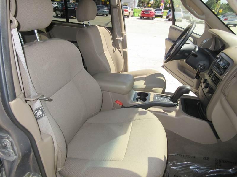 2002 Jeep Grand Cherokee 4dr Laredo 4WD SUV - Punta Gorda FL