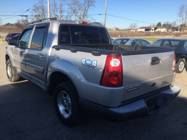 2004 ford explorer sport trac 4dr xls 4wd crew cab sb in uniontown pa route 21 auto sales. Black Bedroom Furniture Sets. Home Design Ideas