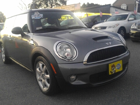 2010 MINI Cooper Clubman for sale in Milford, MA
