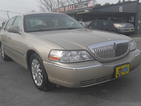 2006 Lincoln Town Car for sale in Milford, MA