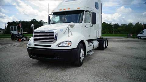 2009 Freightliner Columbia 120 DOUBLE BUNK CONDO for sale in Sanford, FL