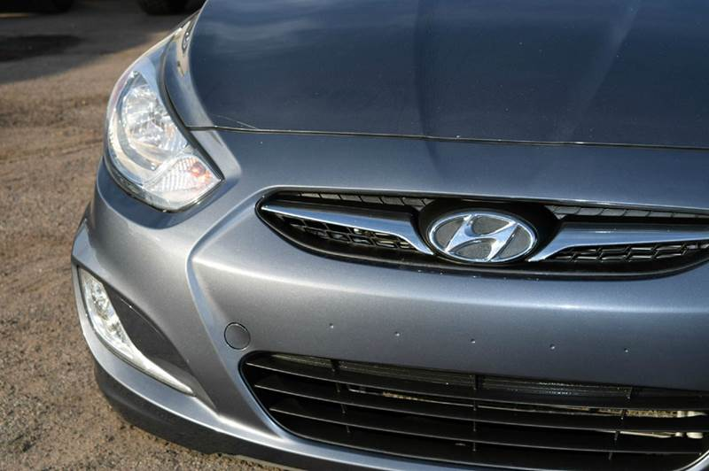 2012 hyundai accent gls 4dr sedan in phoenix az discount for Discount motors jacksboro hwy inventory