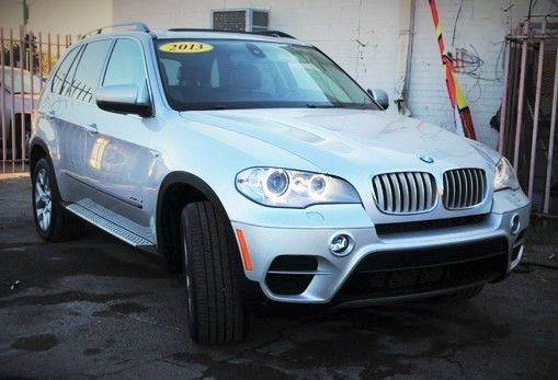 2013 BMW X5 XDRIVE35I PREMIUM AWD 4DR SUV silver do you want to drive in a luxury and fuel efficie