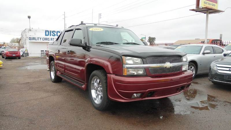 2005 CHEVROLET AVALANCHE 1500 LT 4DR CREW CAB SB RWD two tone 2005 chevrolet avalanche 1500 lt 4d