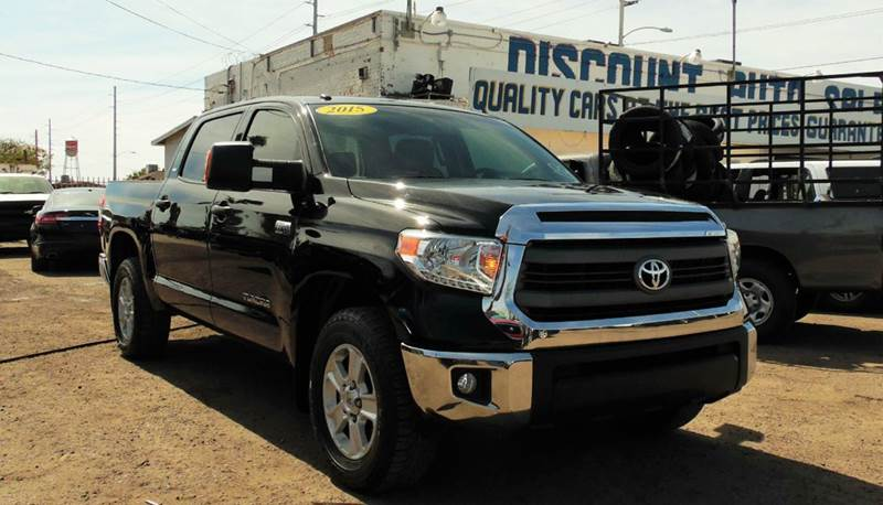 2015 TOYOTA TUNDRA SR5 4X2 4DR CREWMAX CAB PICKUP S black this marvelous and secure 2015 toyota tu