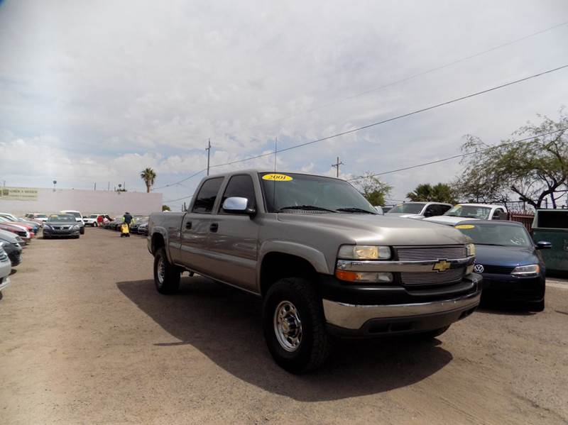 2001 CHEVROLET SILVERADO 2500HD LS 4DR CREW CAB 2WD SB gold financing available all prices are s