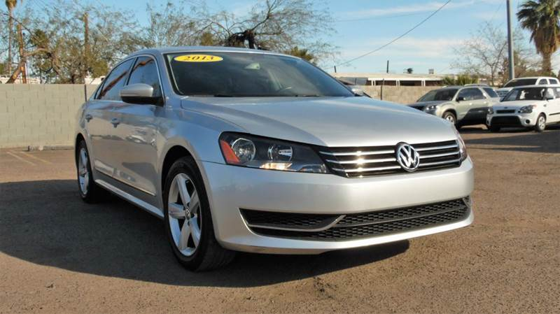 2013 VOLKSWAGEN PASSAT SE PZEV 4DR SEDAN 6A W SUNROOF silver this dependable and secure 2013 volk