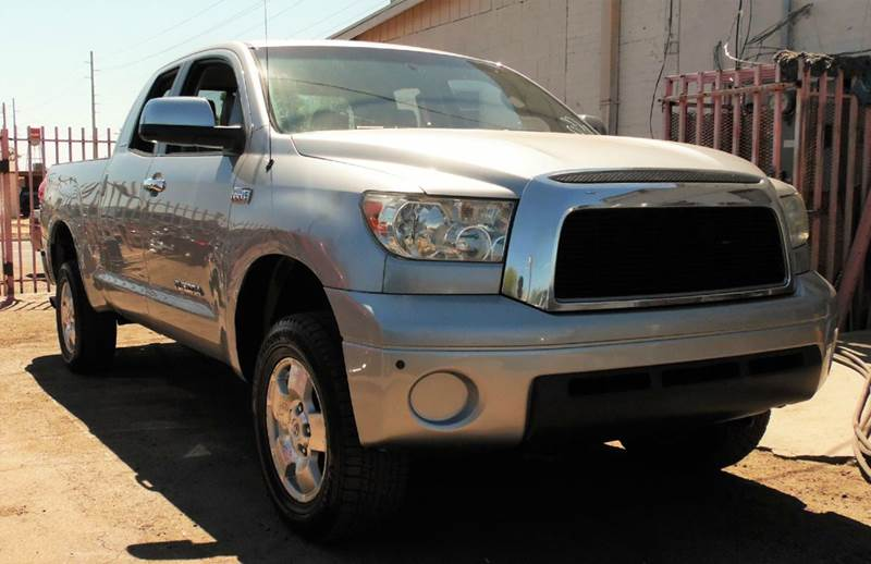 2008 TOYOTA TUNDRA LIMITED 4X4 4DR DOUBLE CAB 57L silver the 2008 toyota tundra limited 4wd doub