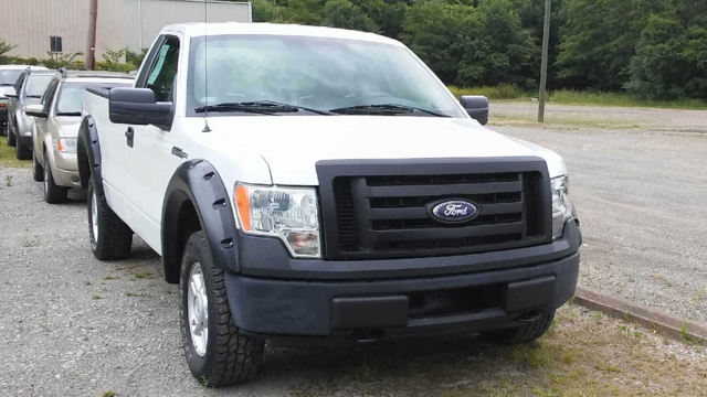 2010 Ford F-150 XL 4x4 2dr Regular Cab Styleside 8 ft. LB - East Liverpool OH