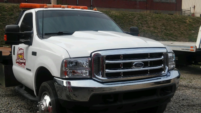 2003 Ford F-550 Super Duty XLT - East Liverpool OH