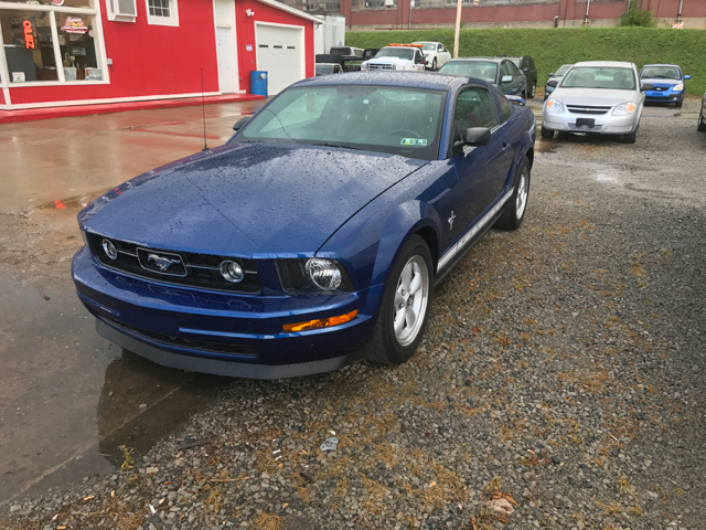 2008 Ford Mustang V6 Pony  - East Liverpool OH