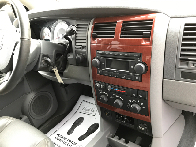 2004 Dodge Durango SLT 4WD 4dr SUV - East Liverpool OH