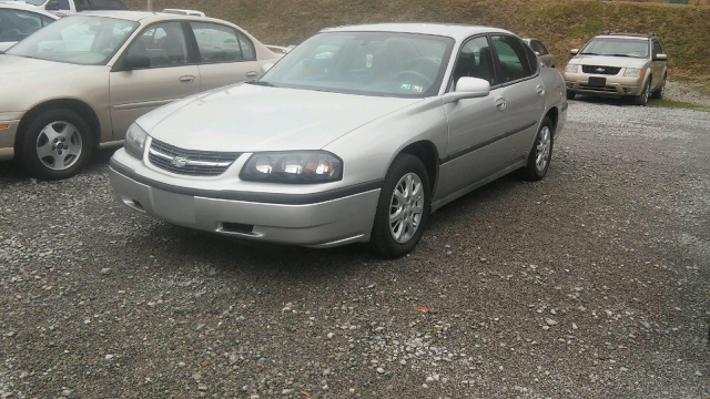 2005 Chevrolet Impala Base 4dr Sedan - East Liverpool OH
