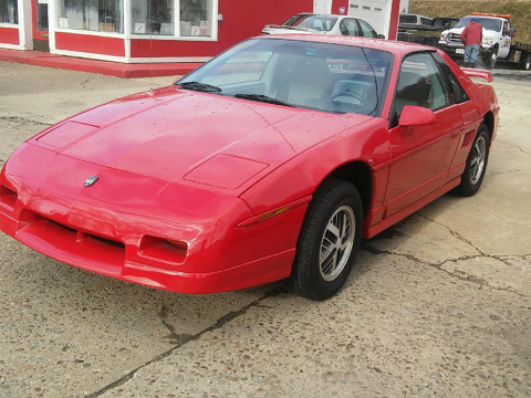1985 Pontiac Fiero for sale in East Liverpool, OH