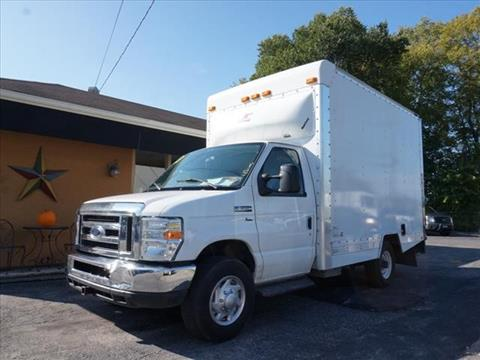 2013 Ford E-350 for sale in Kirtland, OH