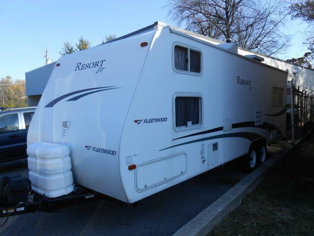 2005 Fleetwood Caravan Resort