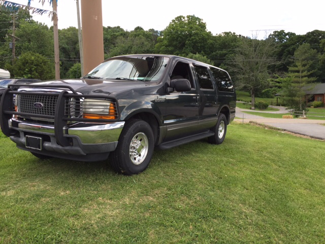 2001 Ford Excursion XLT 2WD 4dr SUV - Knoxville TN