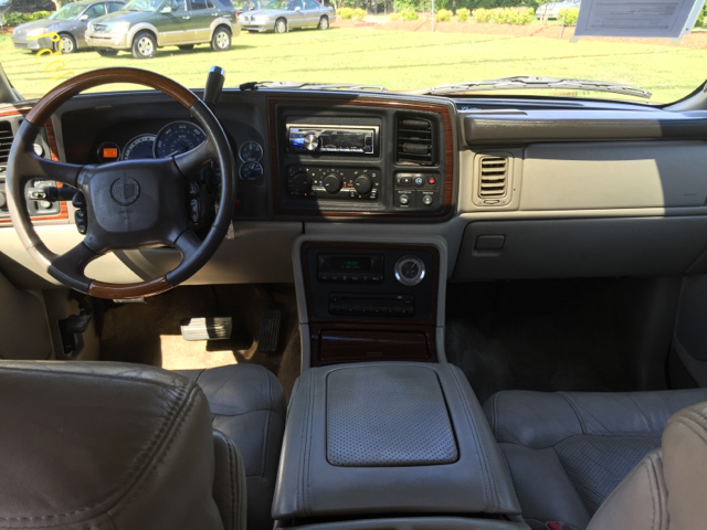 2002 Cadillac Escalade AWD 4dr SUV - Florence SC