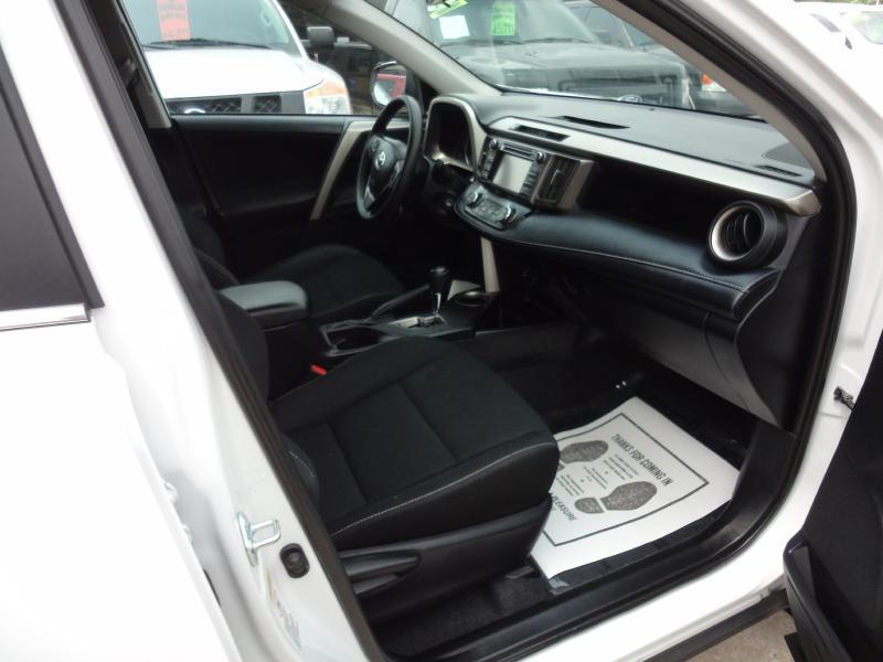 2013 Toyota RAV4 XLE 4dr SUV - Garland TX