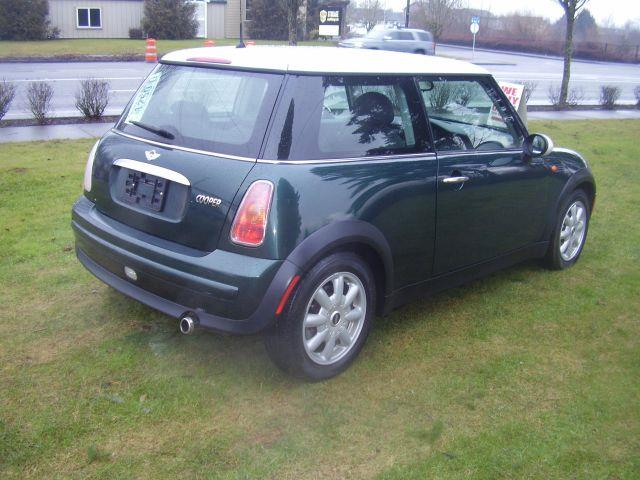 2003 MINI Cooper 2dr Hatchback - Battle Ground WA