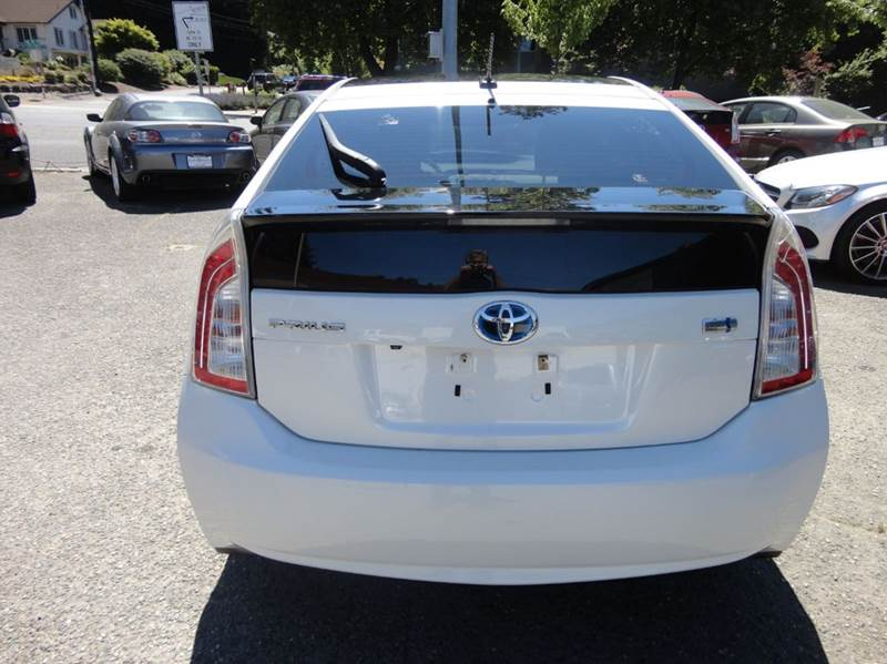 2012 Toyota Prius Five 4dr Hatchback - Redmond WA