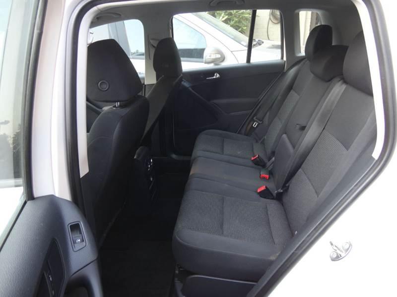2012 Volkswagen Tiguan AWD S 4Motion 4dr SUV - Redmond WA