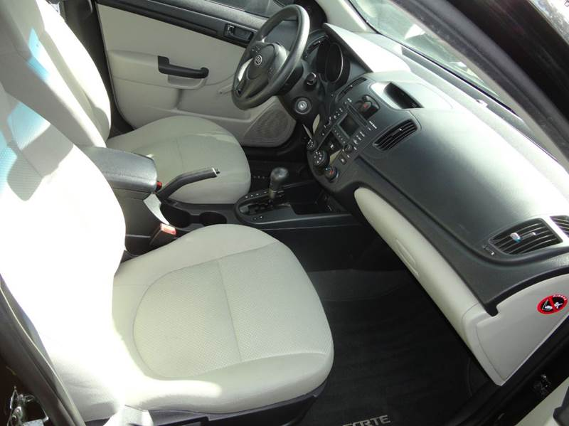 2010 Kia Forte LX 4dr Sedan 4A - Redmond WA