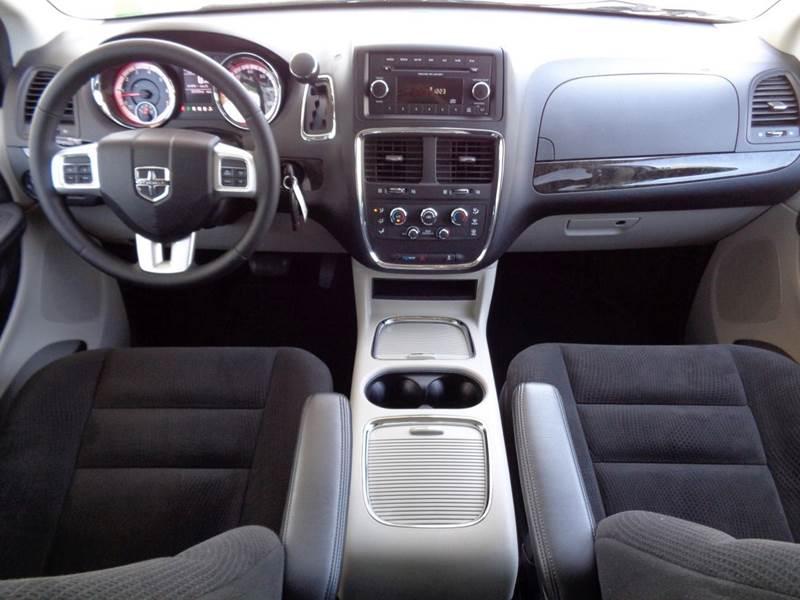2016 Dodge Grand Caravan SXT 4dr MiniVan In Burlington NJ  RT