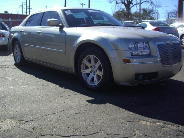 2008 Chrysler 300 for sale in JACKSON MS