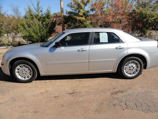 2005 Chrysler 300 for sale in JACKSON MS