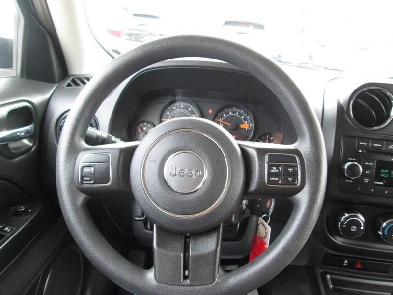 Jeep patriot white with black rims jeep patriot latitude for Swift motors garner nc