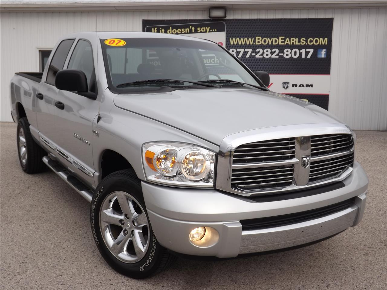 2007 dodge ram pickup 1500 for sale in michigan. Black Bedroom Furniture Sets. Home Design Ideas