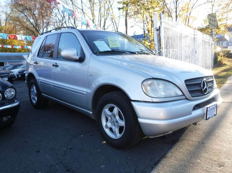 2000 mercedes benz m class awd ml320 4matic 4dr suv in for Mercedes benz ml320 suv