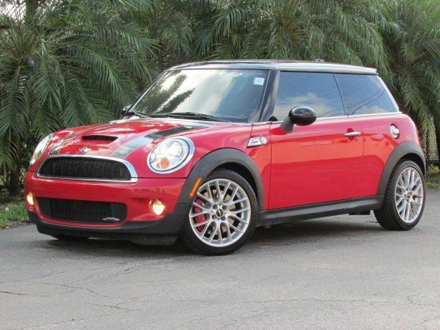 2009 MINI COOPER JOHN COOPER WORKS 2DR HATCHBACK chili red exhaust tip color chrome dual exhaus