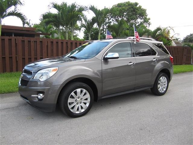 2011 CHEVROLET EQUINOX LT 4DR SUV W2LT champagne door handle color body-color front bumper col