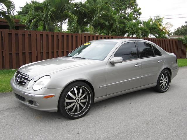 2005 MERCEDES-BENZ E-CLASS E500 4DR SEDAN champagne center console trim wood dash trim wood d