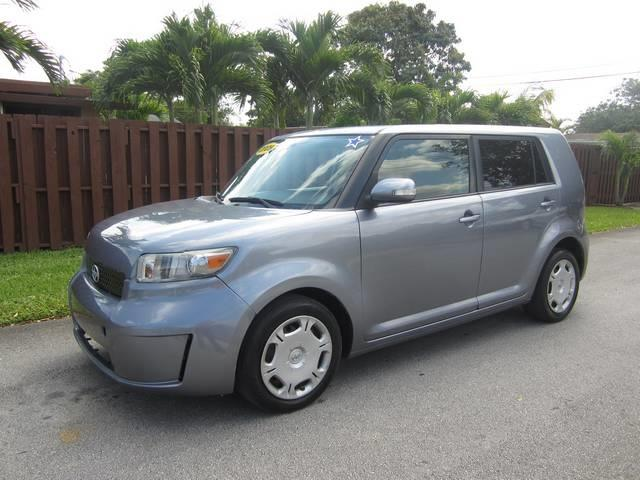 2009 SCION XB gray exhaust tip color chrome steering ratio 160 turns lock-to-lock 290 arm