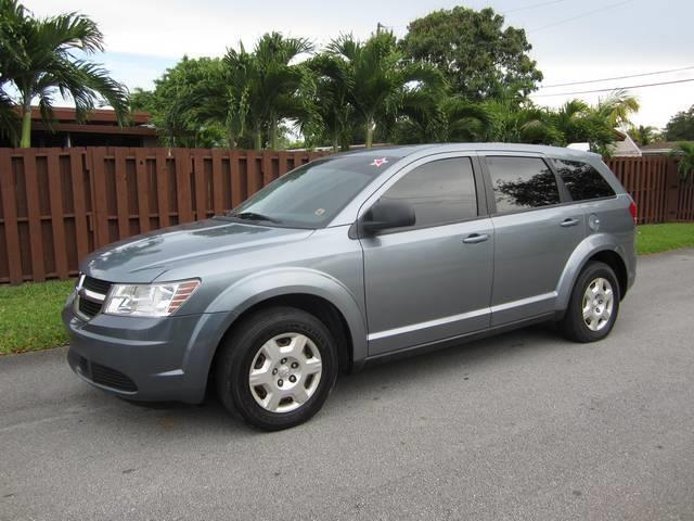2009 DODGE JOURNEY SE 4DR SUV brilliant black crystal pearl door handle color body-color grille