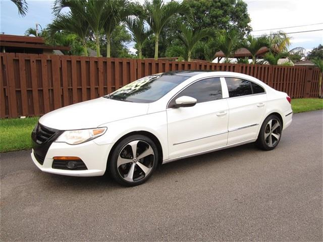 2010 VOLKSWAGEN CC SPORT 4DR SEDAN 6A white front air conditioning front air conditioning zones