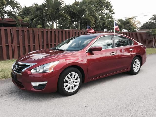 2013 NISSAN ALTIMA 25 4DR SEDAN red door handle color chrome front bumper color body-color g
