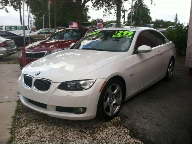 2008 BMW 3 SERIES 328I 2DR COUPE white exhaust tip color chrome dual exhaust tips grille color