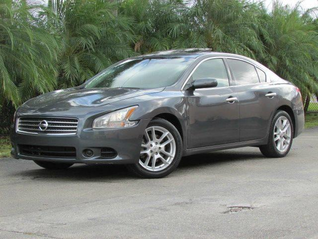 2009 NISSAN MAXIMA 35 SV 4DR SEDAN gray bumper color body-color exhaust tip color chrome dua