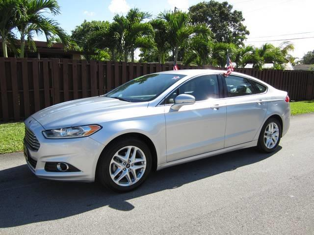 2013 FORD FUSION SE 4DR SEDAN silver door handle color body-color front bumper color body-colo