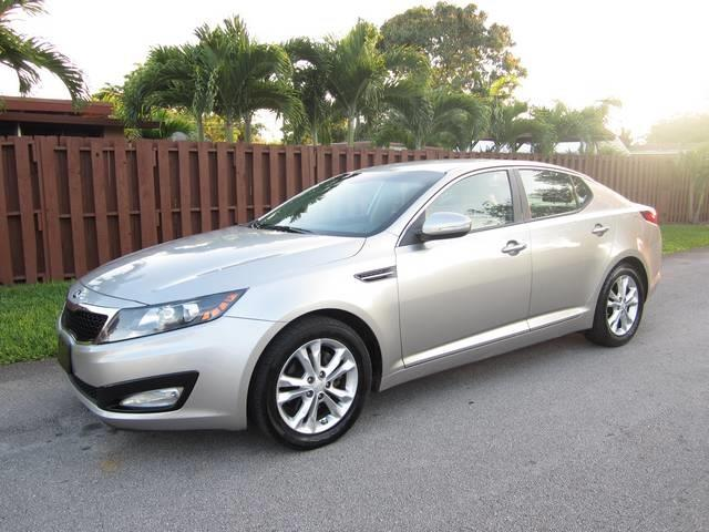 2013 KIA OPTIMA LX 4DR SEDAN silver body side moldings body-color door handle color chrome ex