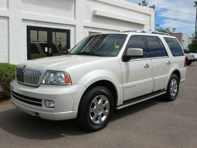 2006 LINCOLN NAVIGATOR 2WD LUXURY cashmere tricoat abs brakesadjustable foot pedalsair condition