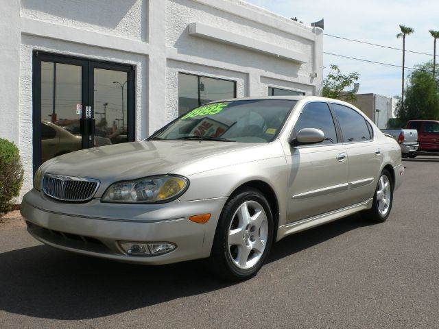 2000 INFINITI I30 LUXURY unspecified abs brakesair conditioningalloy wheelsamfm radioanti-bra