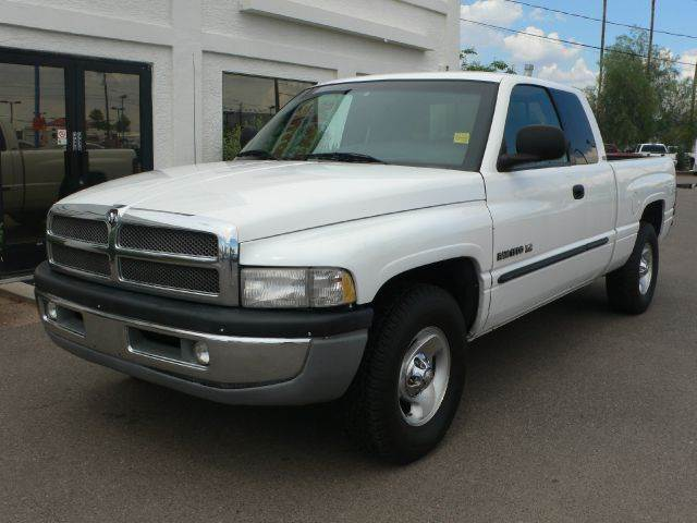 2001 DODGE RAM 1500 QUAD CAB SHORT BED 2WD white abs brakesamfm radioanti-brake system 2-wheel