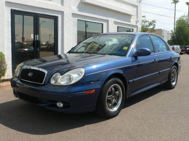 2004 HYUNDAI SONATA BASE blue air conditioningamfm radioanti-brake system non-abs  4-wheel ab