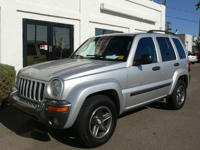 2004 JEEP LIBERTY COLUMBIA EDITION 2WD silver air conditioningalloy wheelsamfm radioanti-brake