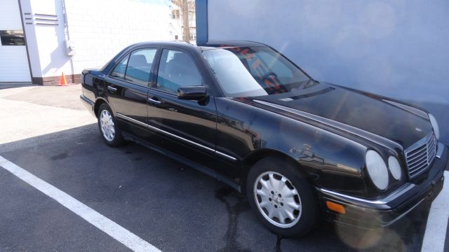 Used 1998 Mercedes Benz E Class For Sale 183 Mystic Ave